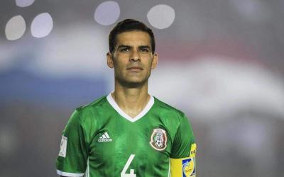 Defender of Mexico Rafael Marquez