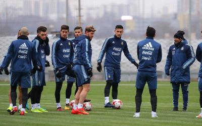 Football players of the national team of Argentina in training