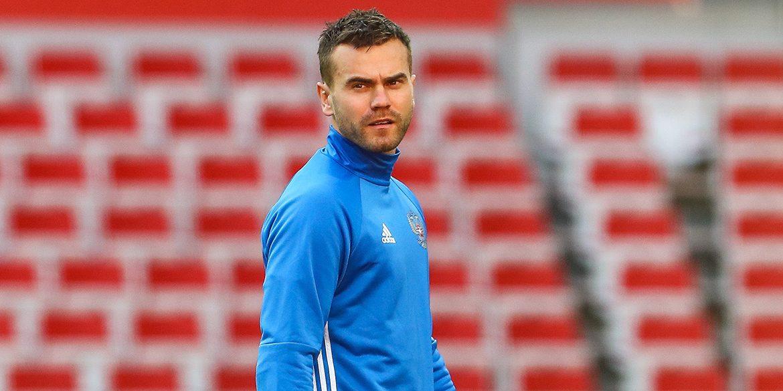 Goalkeeper Yuri Nikiforov